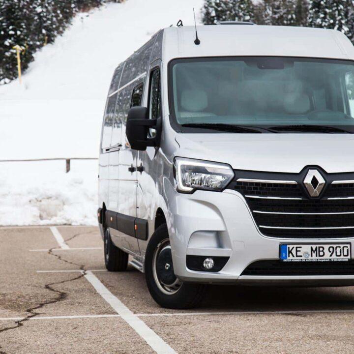 Renault Master Campervan Busmacher Renault Master 10 min 720x720