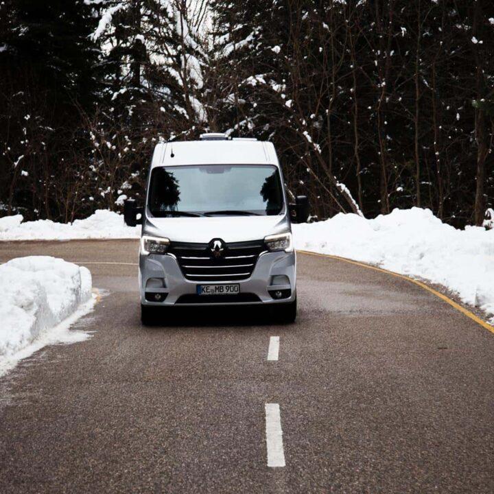 Renault Master Campervan Busmacher Renault Master 2 min 720x720