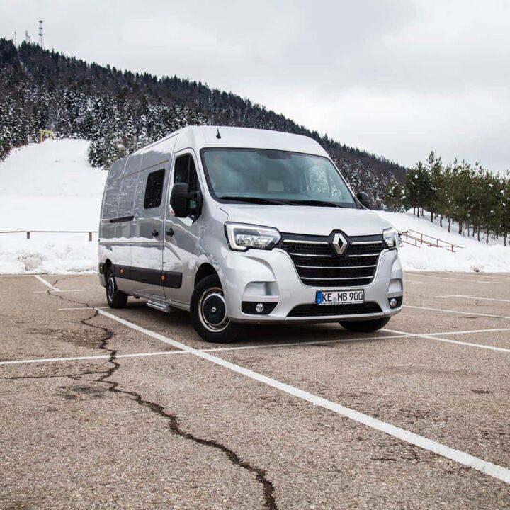 Renault Master Campervan Busmacher Renault Master 8 min 720x720 busmacher portfolio Busmacher Portfolio Busmacher Renault Master 8 min 720x720